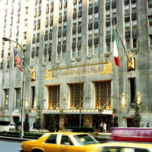 ヒルトン、米史上最高額でNYのウォルドルフ・アストリアホテルを中国企業に売却