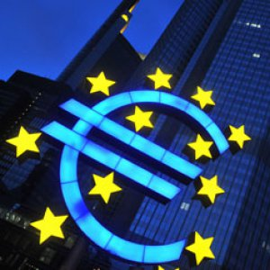 ECB(欧州中央銀行)のドラギ総裁、量的緩和の実施を発表 月間600億ユーロの資産購入