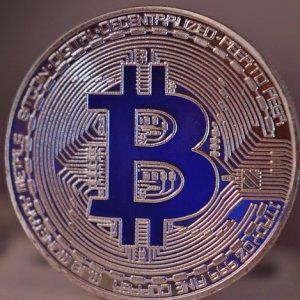 仮想通貨投資とは?漫画で解説