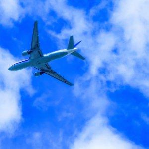 どうして本当のお金持ちの人ほど飛行機でファーストクラスに乗らないのか?成功者のお金の使い方
